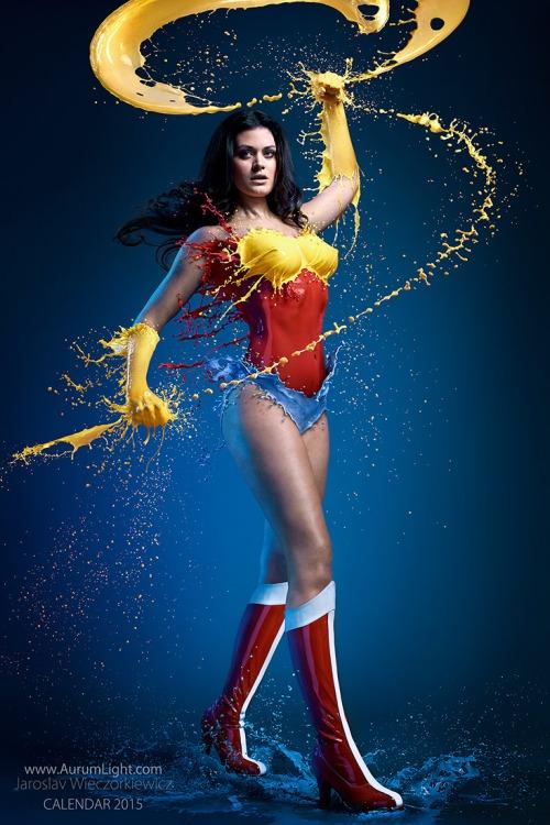 Super Héroïnes Liquides!
