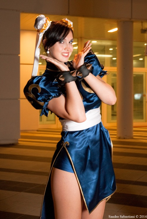 Chun Li by SandroSebastiani on deviantART