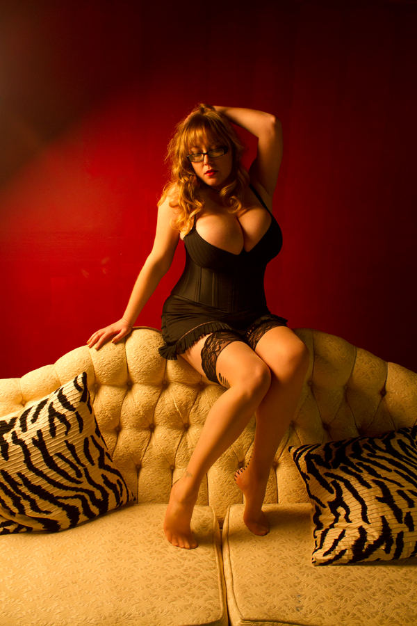 Pinup Of The Day : Le Coup du zebra