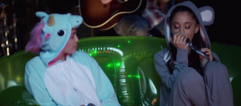 Miley Cyrus et Ariana Grande : la licorne et l'ourson